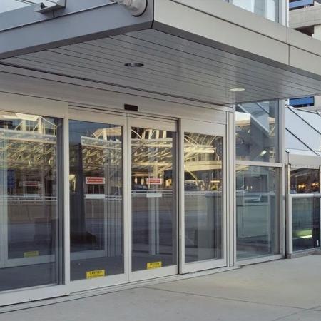 Pintu Kaca Otomatis Bandara Udara
